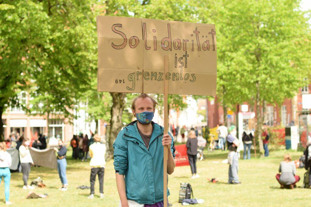 Protest im Park, 1. Mai 2020 Lüneburg